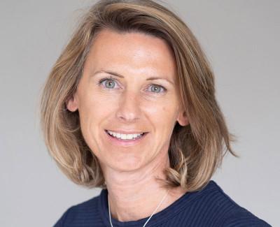 Dr Rebecca Lewis